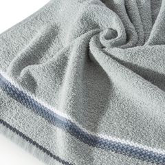 Ręcznik z tęczowym haftem na bordiurze 70x140cm - 70 X 140 cm - srebrny 2