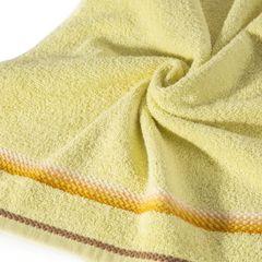 Ręcznik z tęczowym haftem na bordiurze 50x90cm - 50 X 90 cm - żółty 2