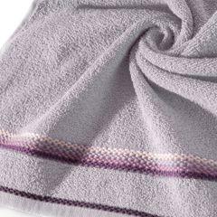 Ręcznik z tęczowym haftem na bordiurze 50x90cm - 50 X 90 cm - liliowy 5