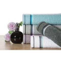 Ręcznik z tęczowym haftem na bordiurze 50x90cm - 50 X 90 cm - liliowy 6