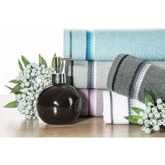 Ręcznik z tęczowym haftem na bordiurze 50x90cm - 50 X 90 cm - liliowy 7