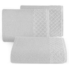 Ręcznik z bawełny z miękką bordiurą w kosteczkę 50x90cm  - 50 X 90 cm - srebrny 1