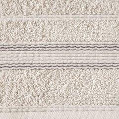 Ręcznik z bawełny z bordiurą podkreśloną srebrną nitką 70x140cm - 70 X 140 cm - beżowy 9