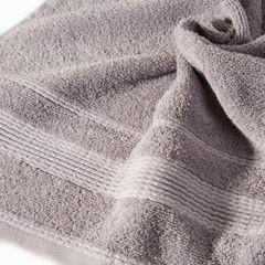Ręcznik z bawełny z bordiurą podkreśloną srebrną nitką 50x90cm - 50 X 90 cm - liliowy 10