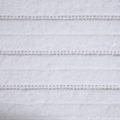 Biały ręcznik kąpielowy z metaliczną nicią - 50x90 cm - 50 X 90 cm - biały 9