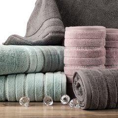Pudrowy ręcznik kąpielowy z metaliczną nicią - 50x90 cm - 50 X 90 cm - liliowy 6