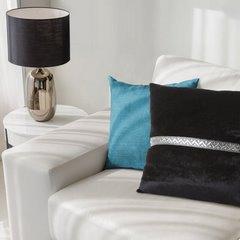 Poszewka na poduszkę kremowa ze srebrnym paskiem 40 x 40 cm  - 40 X 40 cm - kremowy 3