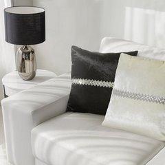 Poszewka na poduszkę czarna ze srebrnym paskiem 40 x 40 - 40 X 40 cm - czarny 5