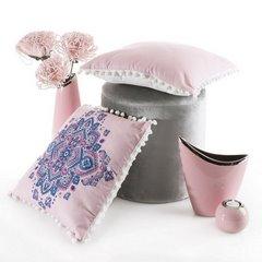 Poszewka na poduszkę gładka różowa z pomponami 40 x 40 cm  - 40 X 40 cm - różowy/biały 4
