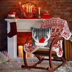 Świąteczna nowoczesna POSZEWKA W KRATĘ z reniferem 45x45 cm - 45X45 - stalowy, biały, czerwony 2
