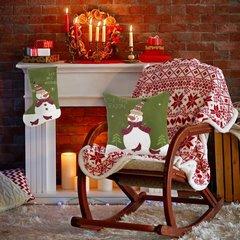 Dekoracyjna poszewka świąteczna z bałwankiem 40x40cm - 40 X 40 cm - zielony, biały, czerwony 3