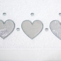 Miękki chłonny ręcznik kąpielowy biały z serduszkami 50x90 - 50 X 90 cm - biały 7