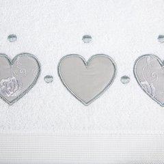 Miękki chłonny ręcznik kąpielowy biały z serduszkami 50x90 - 50 X 90 cm - biały 8