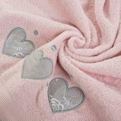 Miękki chłonny ręcznik kąpielowy pudrowy z serduszkami 70x140 - 70 X 140 cm - pudrowy 1