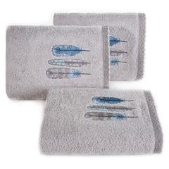 Haftowany ręcznik kąpielowy z motywem piór srebrny 50x90 cm - 50 X 90 cm - srebrny 1