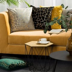 Srebrna poszewka z welwetu ze złotym nadrukiem 45x45 cm - 45 X 45 cm - szary/złoty 6