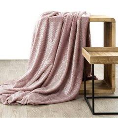 Miękki koc z mikroflano różowy 200x220 cm - 200 x 220 cm - różowy/srebrny 2